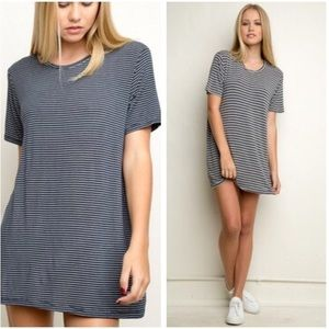 Brandy Melville Luana Tshirt Dress striped navy